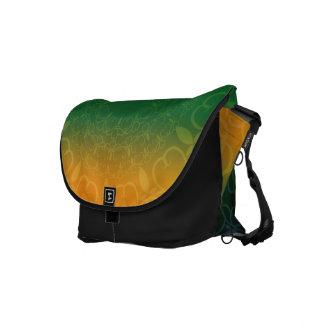 ブラジルの花のデザイン メッセンジャーバッグ