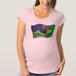 ブラジルアメリカの振る旗 マタニティTシャツ