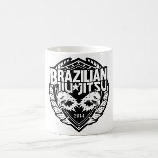 ブラジル人のJiu Jitsuのカスタマイズ可能な紋章 コーヒーマグカップ