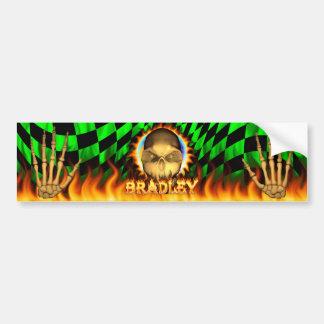 ブラッドリーのスカルの実質火および炎のバンパーステッカー バンパーステッカー