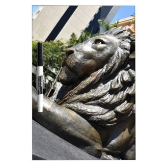ブリスベーンのライオンの彫像クイーンズランドオーストラリア ホワイトボード