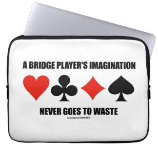 ブリッジ・プレーヤーの想像は決して無駄になりません ラップトップスリーブ