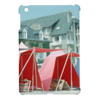 ブリッタニー、フランスのビーチのテント iPad MINI カバー