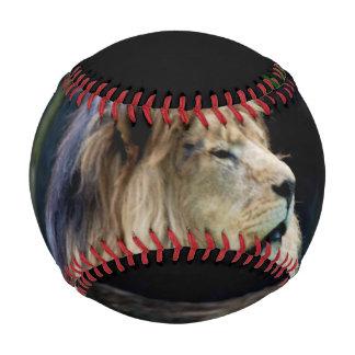 ブルガリアのライオン 野球ボール