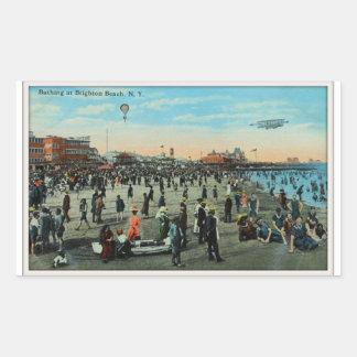 、ブルックリン世紀前にブライトンのビーチで浸ります 長方形シール