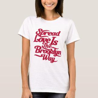 ブルックリン愛赤 Tシャツ