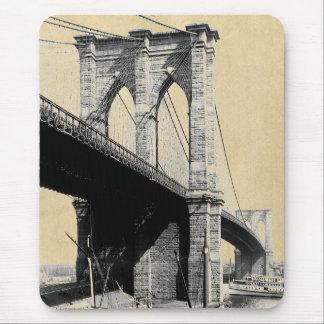 ブルックリン橋のフェリーボート1896年 マウスパッド