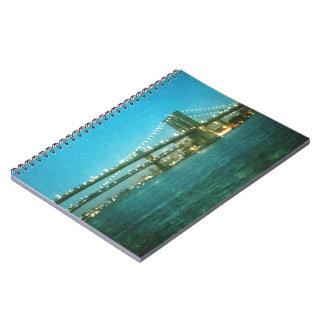 ブルックリン橋の螺線形ノートの夕べ ノートブック