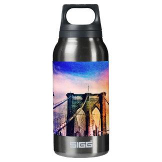 ブルックリン橋-カラフル-ニューヨークシティ 断熱ウォーターボトル