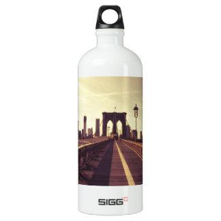 ブルックリン橋-ニューヨークシティ SIGG トラベラー 1.0L ウォーターボトル