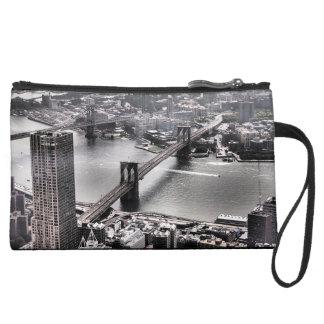ブルックリン橋、ニューヨーク スエードクラッチ