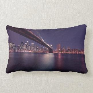 ブルックリン橋、マンハッタンライト、ニューヨークシティ ランバークッション