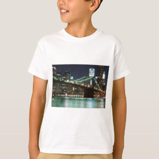 ブルックリン橋-色 Tシャツ