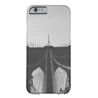 ブルックリン橋 BARELY THERE iPhone 6 ケース