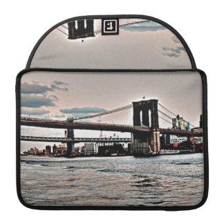 ブルックリン橋 MacBook PROスリーブ