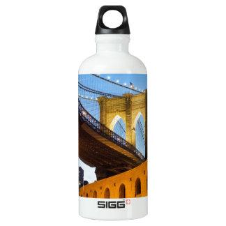ブルックリン橋 SIGG トラベラー 0.6L ウォーターボトル