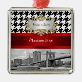 ブルックリン橋Blkの白く千鳥格子のなクリスマス メタルオーナメント
