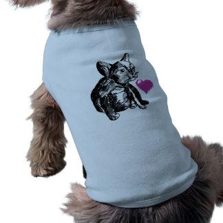 ブルドッグの子犬のスケッチのハートの骨があるタンクトップ ペット服