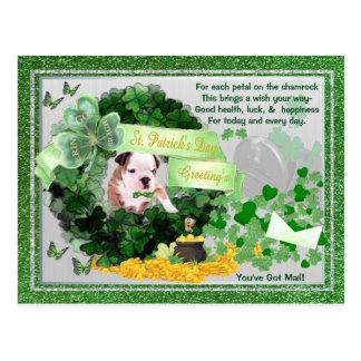 ブルドッグの子犬Stハンバーグの郵便郵便はがきを持っています ポストカード