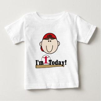 ブルネットの男の子の野球の第1誕生日のTシャツ ベビーTシャツ