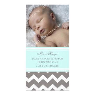 ブルーグレーのテンプレートの新生児の誕生の発表 カード
