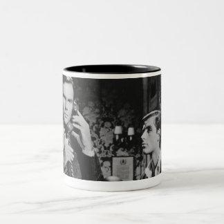 ブルースウェインおよびディックGrayson ツートーンマグカップ