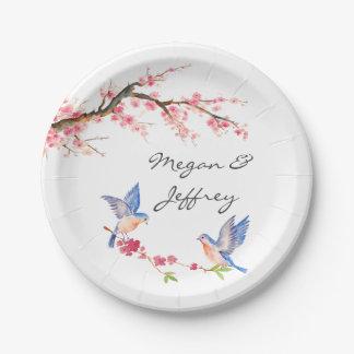 ブルーバードが付いている水彩画の桜 ペーパープレート