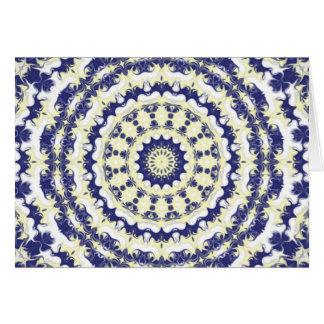 ブルーベリー及びクリーム色の万華鏡のように千変万化するパターン カード