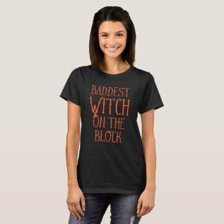 ブロックハロウィンのBaddestの魔法使い Tシャツ