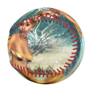 ブロンドの人魚 野球ボール