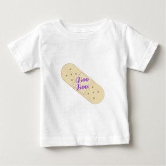 ブーイングのブーイングの包帯 ベビーTシャツ