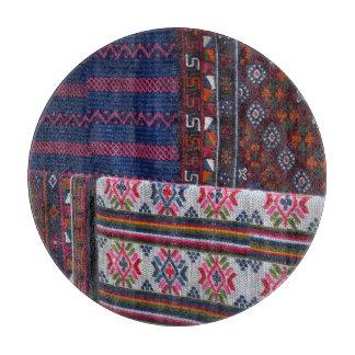 ブータンのカラフルな織物 カッティングボード