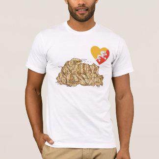 ブータンの旗のハートおよび地図のTシャツ Tシャツ