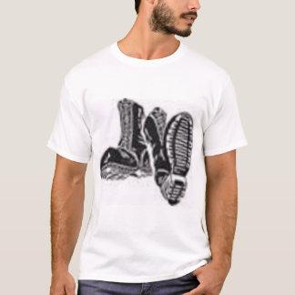ブーツ Tシャツ