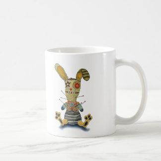 ブードゥーのウサギ コーヒーマグカップ