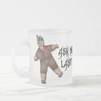 ブードゥーの人形のマグ フロストグラスマグカップ