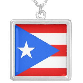 プエルトリコの旗が付いているエレガントなネックレス シルバープレートネックレス
