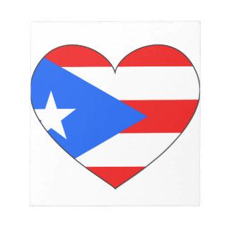 プエルトリコの旗のハート ノートパッド