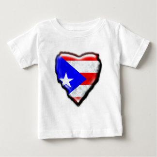 プエルトリコの旗のハート ベビーTシャツ