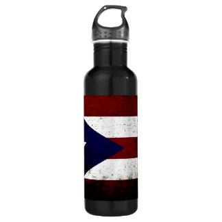 プエルトリコの黒くグランジな旗 ウォーターボトル