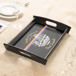 プライドのハリファックスダートマスの友人の虹の皿 トレー