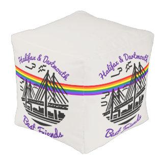 プライドのハリファックスダートマスの親友の虹のpouf プーフ