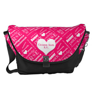 プライドの属性を看護しますか、または名前をピンク個人化して下さい メッセンジャーバッグ