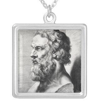 プラトンのバストはルーカスエミルによって刻みました シルバープレートネックレス