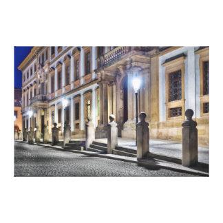 プラハトスカナ式宮殿夜通りのキャンバス キャンバスプリント