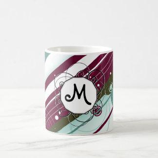 プラムおよびティール(緑がかった色)のモダンレトロはモノグラムと縞で飾ります コーヒーマグカップ
