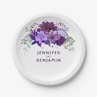 プラムすみれ色の紫色の花のエレガントな結婚式 ペーパープレート