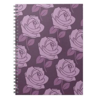 プラムのピンクのバラの大きいパターン ノートブック