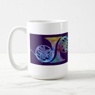 プラムのRainblowの5つのフレンチ・ホルン コーヒーマグカップ