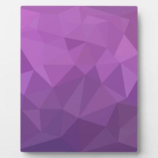 プラム紫色の抽象芸術の低い多角形の背景 フォトプラーク